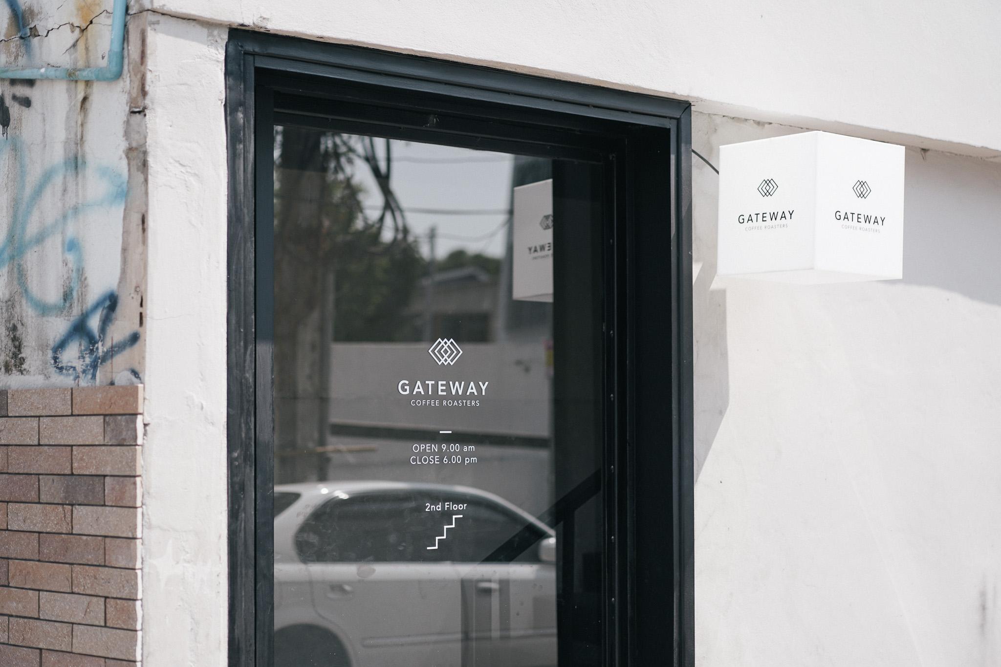 gateway 01